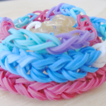 Tutorial: Pulsera de gomitas cadeneta simple sin bastidor.