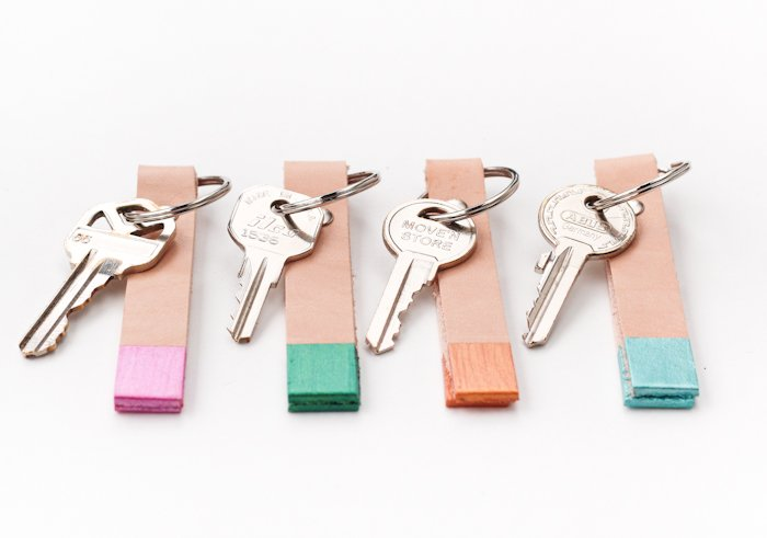 Color_blocked_leather_keychain_diy-12