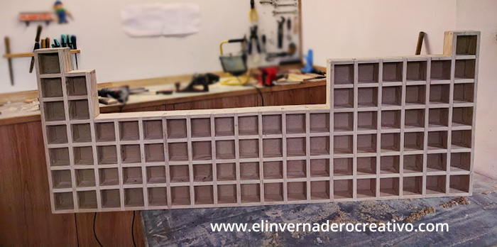 estantería-tabla-periódica-4-el-invernadero-creativo