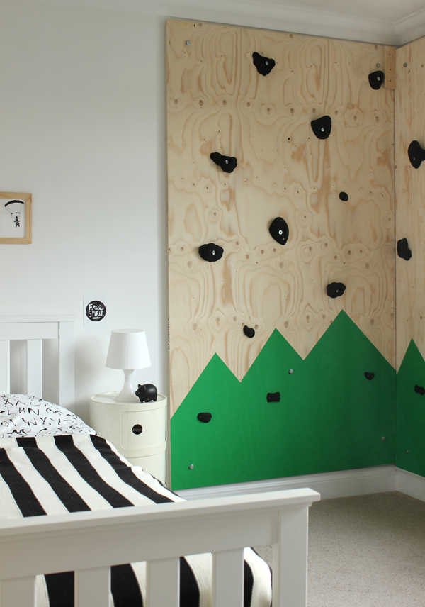 Mountain-climbing-wall-in-a-kids-room-Growing-Spaces